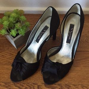 Nina Kyleen Black Satin Heels with Knot